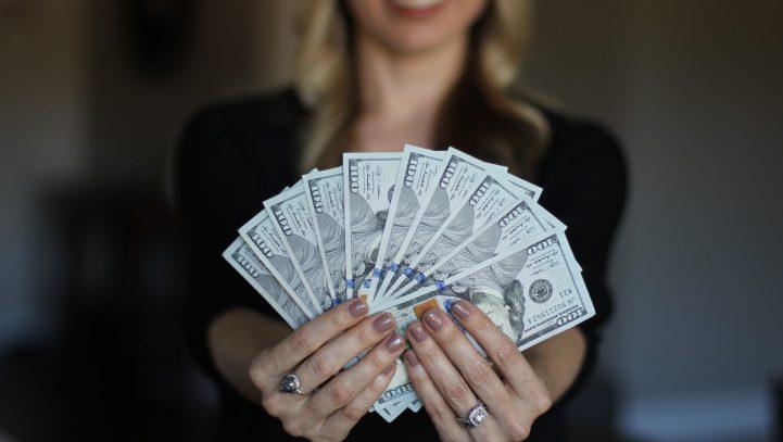 EU-Richtlinie für gleiche Löhne von Frauen und Männern