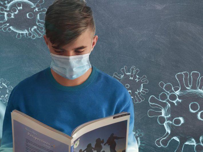 Maske Schule